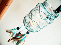 Interesting twist to the traditional dream catcher! Glass Dream Catcher - Blue Sunset - Dream Catcher with Glass, Blue and Brown Feathers, Blue Nett - Home Decor, Mobile, Candelabrum Fun Crafts, Diy And Crafts, Arts And Crafts, Mason Jar Crafts, Mason Jars, Mundo Hippie, Native American Decor, Do It Yourself Inspiration, Blue Sunset