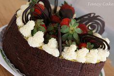 My Fancy Cake: Tort Cosulet cu fructe