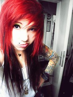 Most up-to-date Pic Scene Hair girl Style Finding scene haircuts that appear to be neat but not motto can often be difficult, to some extent Scene Girl Hair, Red Scene Hair, Scene Girls, Emo Scene, Indie Scene, Black And Silver Hair, Long Gray Hair, Red Black, Sisterlocks