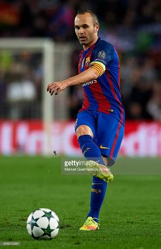 Andres Iniesta of Barcelona in action during the UEFA Champions League Group C match between FC Barcelona and VfL Borussia Moenchengladbach at Camp Nou on December 6, 2016 in Barcelona.