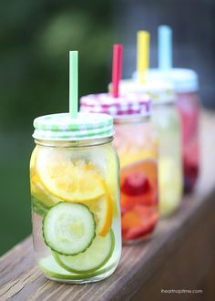 Fruit infused water on iheartnaptime.com -an easy recipe for making a variety of delicious fruit infused waters!