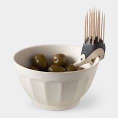 Kipik Toothpick Holder Hedgehog-shaped bowl with a tooth pick holder. Great concept! - #okokno