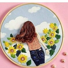 Beautiful embroidery and such a fun design! Embroidery Hoop Crafts, Hand Embroidery Videos, Creative Embroidery, Hand Embroidery Stitches, Silk Ribbon Embroidery, Modern Embroidery, Crewel Embroidery, Hand Embroidery Designs, Embroidery Techniques