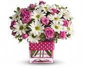 Send wedding anniversary flowers online USA for home delivery with Giftblooms. We provide beautiful collection of flowers bouquets for wedding anniversary. Flowers For Valentines Day, Mothers Day Flowers, Flowers For You, Order Flowers, Send Flowers, Romantic Flowers, White Flowers, Beautiful Flowers, Fresh Flowers