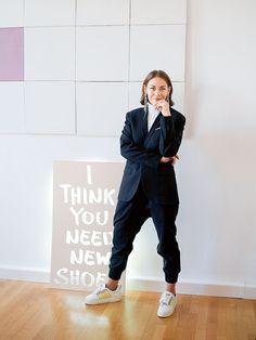 Girlboss: Julia Skergeth Britt Robertson, Kingston, Trends, Workwear, New Shoes, Girl Boss, Diva, Normcore, Beauty