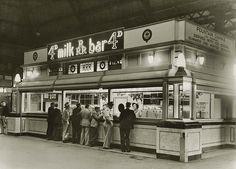 RRR Milk bar at Central Railway Station, Sydney, Australia on the 9 April v Terra Australis, Sydney City, Central Station, Historical Images, Sydney Australia, Old Photos, Melbourne, Old Things, Australian Icons
