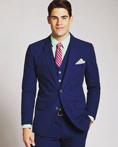 Men's Navy Blue Slim Fit Three-piece Suit - Wantering where will i find this suit for sale? Suit Up, Suit And Tie, Suits You, Mens Suits, Navy Blue Suit, Blue Suits, Turquoise Suit, Look Fashion, Mens Fashion