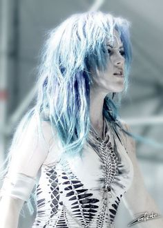 Arch Enemy, Alissa White-Gluz