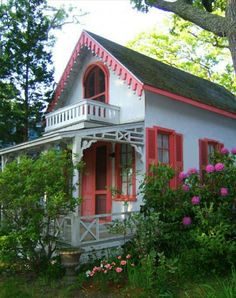 Love the colors and the doll house look of this