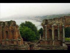 Fotos de: Italia - Sicilia - Taormina - Teatro Griego y vistas de la Ciudad