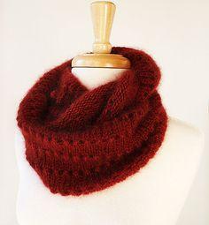 Infini écharpe tricot motif-Genevieve capot / par AtelierTPK