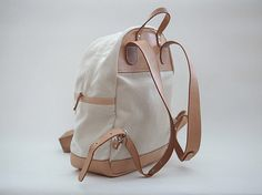 The artistss canvas & leather backpack perfectly matching your any color jeans and T shirts. This is a great every-day bag, weekender, or travel