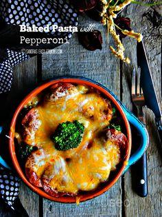 Baked Pasta with Pepperoni - Sandra's Easy Cooking Pasta Recipes Pepperoni Pasta, Pepperoni Recipes, Easy Cooking, Cooking Recipes, Wine Recipes, Pasta Recipes, Pasta Bake, Football Food