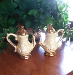 Vintage Teapots with Gold Detail Salt and Pepper Shakers by ChristleCollection on Etsy