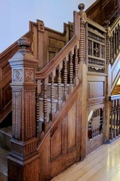 Oak stair, stripped and refinished with tung oil. - stayed in an original Brownstone! Victorian Interiors, Victorian Decor, Victorian Architecture, Amazing Architecture, Victorian Homes, Architecture Details, Oak Stairs, Wooden Stairs, Grand Staircase