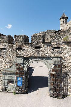 Château de Landskron Mansions, House Styles, Home Decor, Decoration Home, Manor Houses, Room Decor, Villas, Mansion, Home Interior Design