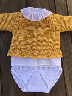 Crochet For Boys, Knitting For Kids, Baby Knitting Patterns, Crochet Baby, Knit Crochet, Knitted Baby Cardigan, Knitted Baby Clothes, Crochet Socks Tutorial, Diy Crafts Knitting