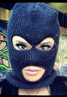 44 Best WOMEN WEARING VINTAGE SKI MASKS AND BALACLAVAS images in ... f9387c55d