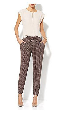 eve mendez collection by NY and co. love the soft pants Office Fashion, Work Fashion, Fashion Looks, Business Outfits, Office Outfits, Beautiful Outfits, Cool Outfits, Work Wardrobe, Wardrobe Ideas