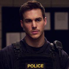 Chris Wood is beyond handsome Cop Uniform, Men In Uniform, Hot Cops, Tumblr Boys, Attractive Men, Supergirl, Cute Guys, Gorgeous Men, Pretty Boys