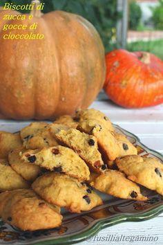 fusillialtegamino: Biscotti di Zucca e Gocce di Cioccolato Italian Cookie Recipes, Italian Cookies, Italian Desserts, Italian Foods, Cooking Pumpkin, Pumpkin Recipes, Patisserie Sans Gluten, Biscotti Cookies, Cooking Cake