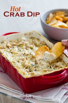 Easy baked brie dip with garlic butter. Our garlic butter baked brie dip is super easy and done in 15 minutes in the oven. Best recipe for bake brie dip Baked Crab Dip, Hot Crab Dip, Baked Brie, Easy Crab Dip, Crab Dip Recipes, Seafood Recipes, Cooking Recipes, Seafood Dip, Fresh Seafood