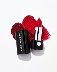いいね!8,565件、コメント52件 ― Marc Jacobs Beautyさん(@marcbeauty)のInstagramアカウント: 「Pucker Up: Indulgent Color. Iconic Shades. All Night Long. #MarcJacobsBeauty」