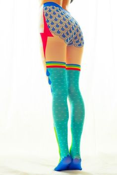 Mantyhose Çorap Sadako tights series, this is the most original tights I've seen so far, super multicolored and funny Sock Leggings, Tight Leggings, New Fashion Trends, Womens Fashion, Net Fashion, Fashion Outfits, Cool Tights, Pantyhosed Legs, Business Mode