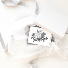 La Fleur Cardset - Be prepared for any occassion with 5 different greeting cards! Stationery Paper, Wedding Stationery, Invitation Design, Invitations, Thanks A Bunch, Send A Card, Floral Illustrations, Paper Goods, Branding Design