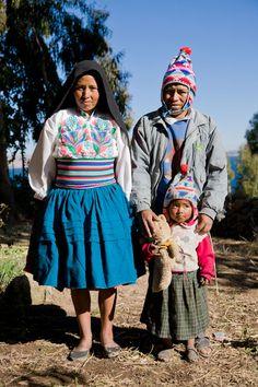 Traje típico de Perú. Strangers - Tom Robinson Photography