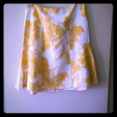 "Ann Taylor skirt * Price Negotiable * No Trades *  Fit & flare lined skirt from Ann Taylor in a sophisticated yellow and white floral print.  Panels are beautifully cross stitched.  Hook and eye closure with invisible zipper. Measures approximately 31"" waist and 22"" from waist to hem.  52% linen and 48% rayon. EUC  {15% off bundles of 2 + listings} Ann Taylor Skirts"