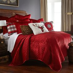 For a luxurious seasonal look, this Levtex Home Red Velvet quilt set is a stylish pick. Decor, White Christmas Decor, Red Comforter, Holiday Bedroom, Home, Christmas Decorations Bedroom, Bedding Sets, Bedroom Red, Christmas Bedding