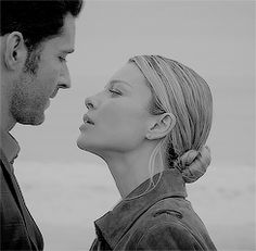 doom days - Lucifer - p a r a d o x - Lucifer Gif, Tom Ellis Lucifer, Lauren German, Chloe Decker, Slash, Cute Couples Kissing, Angel And Devil, Morning Star, Series Movies