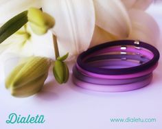 """""""An amazing color effect on your wrist"""", is the design concept of this bracelet. Four soft wheels that slip on your wrist, combined with stainless steel links, two simple concepts that make this product unique while at the same time simple. An Happy loop that will make your day happier."""