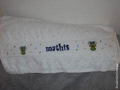 Drap de bains. - Mathis - Brodé mains.- point de croix - cross stitch - broderie - embroidery -. Blog : broderiemimie44.c...