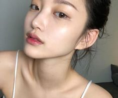 ImageFind images and videos about girl, hair and model on We Heart It - the app to get lost in what you love. Beauty Make-up, Hair Beauty, No Make Up Make Up Look, Korean Eye Makeup, Korean Natural Makeup, Ulzzang Makeup, Maybelline, Glass Skin, Natural Makeup Looks