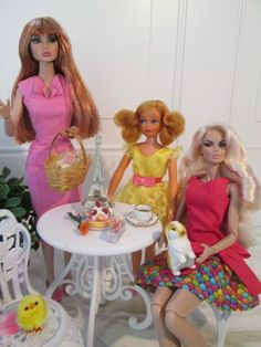 The One Sixth Scale Dollhouse: Good Friday & Have a Happy Easter!