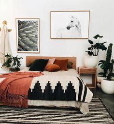 44 Extraordinary Farmhouse Boho Bedroom Design And Decor Ideas – GooDSGN Bohemian Style Decor Bedroom, Home Interior Design, Cheap Home Decor, Interior Design, Bedroom Interior, House Interior, Home Decor, Boho Living Room, Apartment Decor