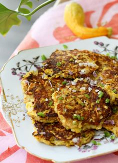Summer squash fritters with sharp Cheddar and spicy serranos are a quick and easy vegetarian lunch or snack Yellow Squash Recipes, Yellow Squash And Zucchini, Butter Squash Soup, Summer Squash Pasta, Southern Squash Casserole, Squash Fritters, Italian Sausage Recipes, Easy Vegetarian Lunch, Yummy Snacks