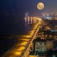 Barcelona,pełnia księżyca