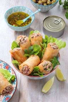 Mini Croissants, Asian Recipes, Ethnic Recipes, Food Wallpaper, Fish And Seafood, Fresh Rolls, Sandwiches, Brunch, Food And Drink
