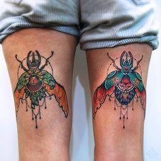 Beetle's brothers ! Left healed, right fresh ! #beetletattoo #beetle #tattoo #jewel #jeweltattoo #corpusmemori #insect #insecttattoo