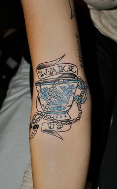 tea tattoo pinned this as an example of vintage lettering I want on my tat classic style