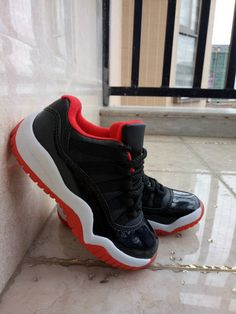 c2b129eb6a2c58 Kids Youth Jordan 11 XI Low Bred Black Varsity Red