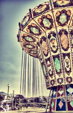 Vintage Carousel in Patra, Greece Circus Pictures, Fair Rides, Aerial Acrobatics, Carnival Rides, Fun Fair, Merry Go Round, Carousel Horses, Vintage Circus, Ciel