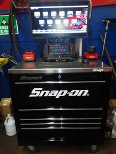 snap-on-tools-verus-pro-scanner-and-box