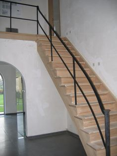 Hekwerk langs trap en overloop hout met smeedijzer trappen stairs pinterest met - Balustrade trap ...
