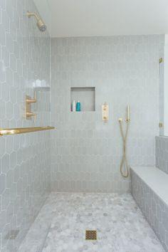 Master Shower Tile, Shower Floor, Master Bathroom, Master Bath Remodel, Bathroom Renos, Bathroom Ideas, Bathroom Interior Design, Beautiful Bathrooms, Interiores Design