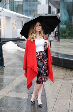 Adorable red cape - 'The Dainty Girl' blog