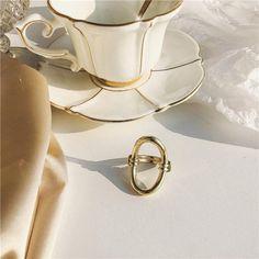 Hyperbole Cocktail Ring – klozetstyle.com New Handbags, Mini Handbags, Handmade Hair Accessories, Bow Earrings, New Bag, Cocktail Rings, Vintage Patterns, My Bags, Types Of Metal